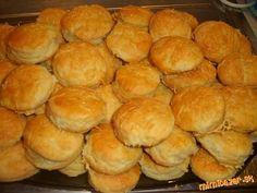 a to sme sa ich v práci nevedeli dojesť. Home Baking, Hamburger, Biscuits, Bread, Food, Crack Crackers, Cookies, Brot, Essen