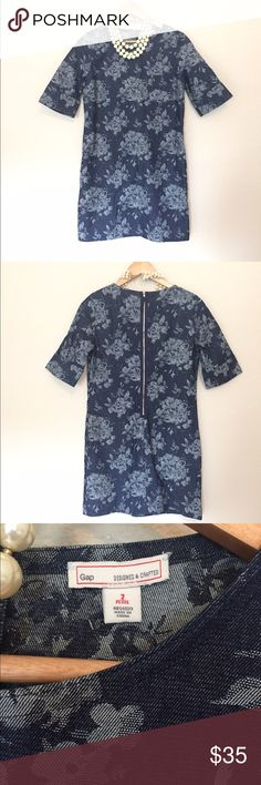 {Gap} Floral Print Denim Shift Size 2p. In excellent condition. Perfect dress for all occasions! GAP Dresses Mini