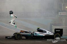 El campeón del mundo Nico Rosberg, Mercedes AMG F1 W07 Hybrid