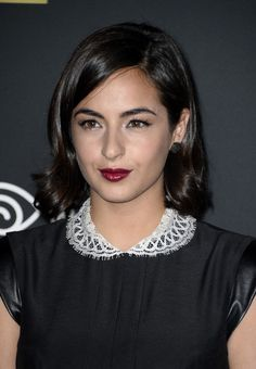 Alanna Masterson Short Wavy Cut - Alanna Masterson looked oh-so-pretty at the 'Walking Dead' season 4 premiere wearing her hair in a short side-parted style with wavy ends.