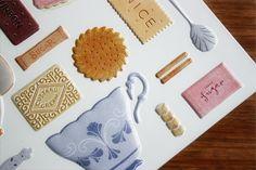 little doodles: biscuit tin