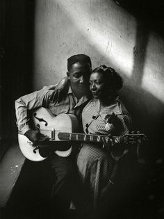 Muddy Waters and his wife Geneva in Chicago, 1951.Photographed by Art Shay.