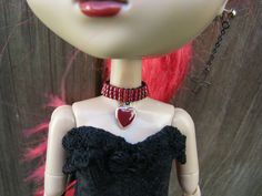 Red Heart Blythe and Pullip Fashion Doll Choker Necklace Doll Jewelry   by finasma.