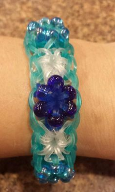 Frozen Ibspired Rainbow Loom Bracelet - Loomed by: Michelle Buschur - Starburst Bracelet - Rainbow Loom Jelly Rubberbands - Glass Beads