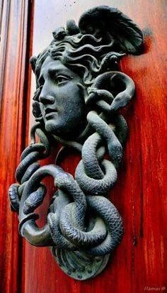 This is a cast bronze Medusa door knocker. An example of how Medusa is still seen in everyday​ life. Door Knockers Unique, Door Knobs And Knockers, Cool Doors, Unique Doors, Art Nouveau, Door Detail, Door Furniture, Furniture Hardware, Windows And Doors