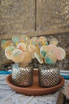We love a sweet treat favor, but these beautifully designed, colorful lollipops take the cake (get it?). | The Wilds Wedding & Event Venue Bloomington, IN Dessert Bar Wedding, Wedding Sweets, Wedding Cupcakes, Unique Wedding Favors, Unique Weddings, Real Weddings, Wedding Ideas, Wedding Show, Chic Wedding