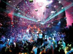 Clubbing in Miami. Even though your feet may seem molded to the comfy flats you… Clubbing in Miami. Barcelona, Night Club, Night Life, Miami Nightlife, Miami Club, Club Lighting, Spain Holidays, Dance Lessons, Venice