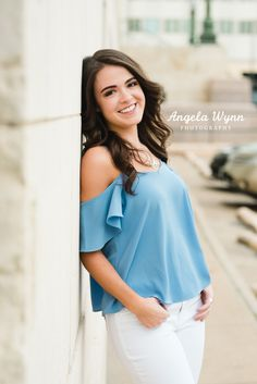 The best Fort Worth senior photography locations 2 Senior Girl Photography, Senior Girl Poses, Photography Poses For Men, Girl Senior Pictures, Senior Girls, Outdoor Photography, Girl Photos, Amazing Photography, Senior Session