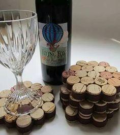 Sale Wine Cork Coasters Set of 4 Wine Cork Crafts, Wedding Favors, Rustic Wedding Decor, Wine Themed Wedding Succulent Wine Cork Favors with Cuttings to 300 Corks)Saftige Wein Korken bevorzugt mit von TheLovelySuccubent auf Wine Craft, Wine Cork Crafts, Wine Bottle Crafts, Wine Cork Art, Wine Corks, Wine Cork Table, Wine Cork Coasters, Cork Trivet, Drink Coasters