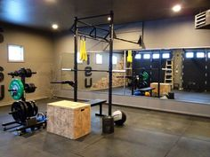 Pretty solid Rogue garage gym CrossFit set up #CrossFit #garagegym