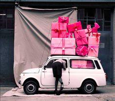 """Image Spark - Image tagged """"pink"""", """"present"""", """"fashion"""" - llkc"""
