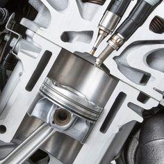 """thewelovemachinesposts: """" Engine cut-away Source: https://imgur.com/oyuSs9b """""""