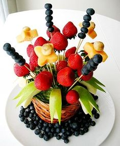 Get Laid Tonight! Fruit And Veg, Fruits And Veggies, Fresh Fruit, Edible Fruit Arrangements, Appetizer Buffet, Fruit Animals, Veggie Tray, Fruit Displays, Food Decoration