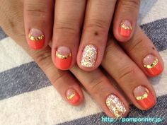 The gold lame line a bit big to reverse french nail Orange