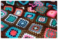69 grannys Blanket, Crochet, Ceilings, Crochet Crop Top, Chrochet, Rug, Blankets, Cover, Crocheting