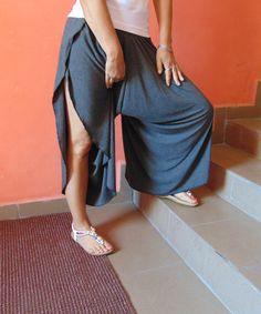 kalhotová sukně Skirts, Fashion, Moda, Fashion Styles, Skirt, Fashion Illustrations, Gowns, Skirt Outfits