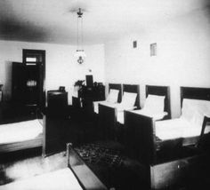 Kalamazoo Psychiatric Hospital, Dormitory bedroom, 1892, Michigan Asylum for the Insane, USA