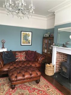 An inspirational image from Farrow and Ball – Oval Room Blue again – perhaps a little too blue…… – Home Decor Ideas – Interior design tips Room Wall Colors, Paint Colors For Living Room, New Living Room, Blue Living Rooms, Farrow And Ball Living Room, Living Room Decor Brown Couch, Wall Colours, Cozy Living, Oval Room Blue