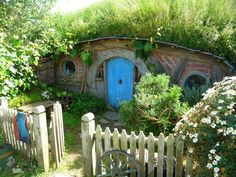 Hobbit House - Oh, I wish I could have a home like this.