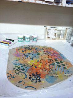 Mono printing with underglaze on clay