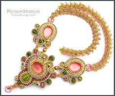 Pink Olive and Gold Soutache necklace with Luna von MiriamShimon Soutache Necklace, Ring Necklace, Seed Bead Jewelry, Beaded Jewelry, Jewellery, Soutache Tutorial, Pink Olive, Passementerie, Homemade Jewelry