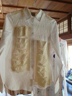 https://twitter.com/kiyomin2013/status/445405150752948224/photo/1/large  ダッシュで百草のしょうぶ学園展に行ってきました。踊るようなシャツたちがいっぱいだった。 pic.twitter.com/Pu8r6r16df