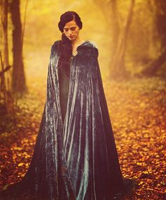 Katie McGrath as Morgana. Her hair in this episode of Merlin is something I WISH I could re-create. It's flawless