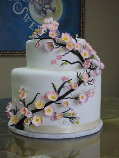 If I was getting married tomorrow, I might just pick this cake.