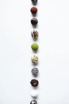 live to eat. Chocolate Dome, Chocolate Shots, Love Chocolate, How To Make Chocolate, Chocolate Truffles, Chocolates, Coffee Photography, Food Photography, Choco Truffle