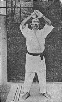 Bruce Lee felt that prearranged demonstration known as forms, patterns or kata were worthless. While conceding some of his points, forms still have a place. Karate Kata, Karate Shotokan, Okinawan Karate, Goju Ryu, Chinese Martial Arts, Ninja Warrior, Martial Artists, Kendo, Aikido