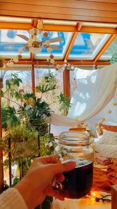 Room With Plants, House Plants Decor, Plant Aesthetic, Aesthetic Room Decor, Little White House, Small House Decorating, Boho Room, Bohemian Decor, Interior Design Living Room