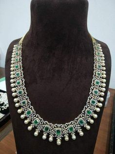 Look at these silver diamond necklace ! Emerald Jewelry, Diamond Jewellery, Emerald Necklace, Diamond Necklaces, Diamond Choker, Emerald Pendant, Necklace Set, Pendant Necklace, Trendy Jewelry