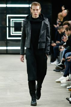 For Fall/Winter 2016, Y-3 stripped down to an essential aesthetic of rebellious modernism with a tough, industrial edge. Presented during Paris Fashion Week at the raw, intimate, underground space Entrepote Eiffel, the collection hearkened to two stylistic markers... »