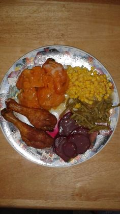 Vegetables with fry chicken