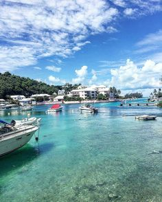 Good morning Bermuda! -  although not traditionally considered part of the caribbean #bermuda is one of my favorite spring/ summer destinations...look out for my new post on the blog of at end of the week detailing my favorite caribbean spring - summer spots!  :@sarahannblog - #Wearebermuda