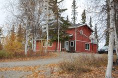 Willow Ridge Retreat - Great locating for travelers looking for accommodation out of the city in Yellowknife or people traveling in large groups. Traveling, Cabin, House Styles, City, People, Travel, Cabins, Trips, Cottage