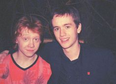 ImageFind images and videos about harry potter, rupert grint and sean biggerstaff on We Heart It - the app to get lost in what you love. Harry Potter Icons, Draco Harry Potter, Harry Potter Pictures, Harry Potter Aesthetic, Harry Potter Characters, Harry Potter Universal, Oliver Wood Harry Potter, Ron Weasley, Weasley Twins