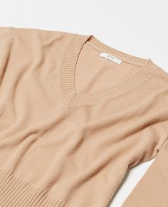 Consciously made cashmere. The V Neck Sweater uses cashmere fibres that would otherwise end up in landfill. 30% recycled cashmere, 70% wool – the coolest kind of cozy. Pair this environmentally conscious piece with The Organic Straight Leg Jean and some sneakers or throw on with The Slip Skirt and some heels, a piece so diverse you'll never struggle to make it work. New Zealand Winter, Make It Work, What To Wear, Cashmere, V Neck, Pullover, Legs, Wool, Skirts