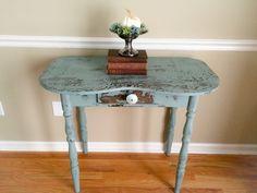 A Junkchick Life: A Sweet Little Handmade Table