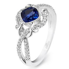 Engagement Rings Photos   Brides.com
