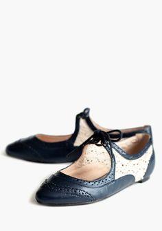 Suzie Crochet Tie Oxford | Modern Vintage Shoes