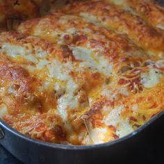 Cream Cheese Enchiladas @keyingredient #cheese #chicken #cheddar
