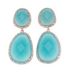 Pendientes con combinaciones de colores y anillos de tamaño medio con una única piedra. Ver más coleccion en www.salvatore.es