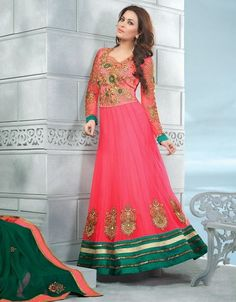 Buy online Salwar Kameez for women at Cbazaar for weddings, festivals, and parties. Explore our collection of Salwar suits with the latest designs. Beautiful Pakistani Dresses, Latest Pakistani Dresses, Latest Fashion Dresses, Pakistani Dress Design, Indian Dresses, Fashion Trends, Stylish Dresses For Girls, Nice Dresses, Girls Dresses
