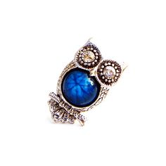 Jeweled Owl Ring. $5
