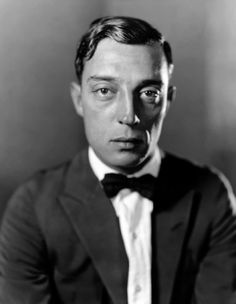 Buster Keaton - one of the best comedians ever! Old Movies, Vintage Movies, Best Portrait Photography, Funny People, Nice People, Funny Guys, Hilarious, Elegant Man, Face Expressions