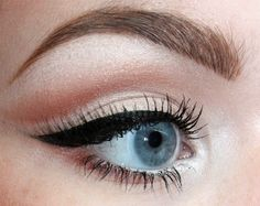 HOW TO: Making Eyes Look Bigger, Makeup for Small Eyes