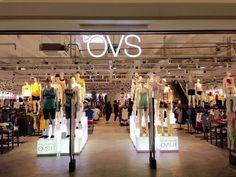 OVS - Fano. 1000m2, Shopfittings by Effebi.