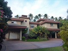 Spectacular Maui Beachfront Home - 3 Bdr + 2 Bdr Guest Home.  Private Homes, Kihei, Hawaii Vacation Rental by Owner Listing 365906