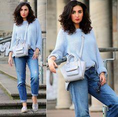 Samieze - Babyblue Sweater, Boyfriend Jeans, Espandrilles, Mini Bag - Mini Bag | LOOKBOOK
